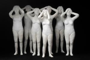 """""""Les mains sur la tête"""" résine 2012"""